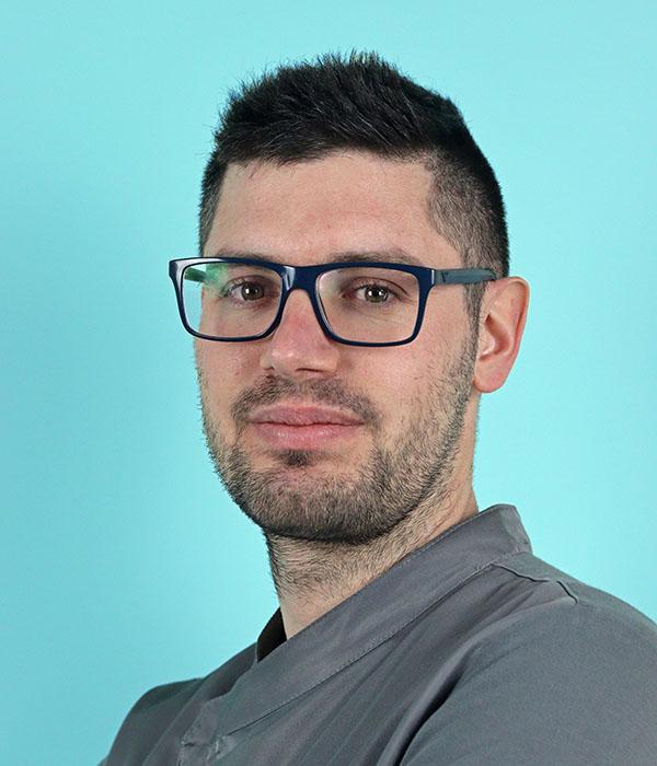 Intervista al Dr. Giorgio Calgaro – Clinica Odontoiatrica